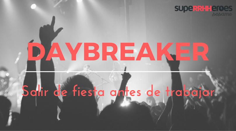 El daybreaker es la última moda, que consiste en salir de fiesta antes de ir al trabajo.