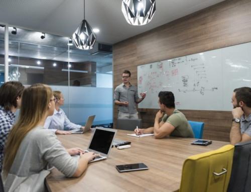 ¿Quién debe asumir la formación continua en la empresa?